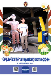 Chụp ảnh lấy liền và in hình lấy liền từ photobooth/photo booth tại sự kiện ẩm thực Thái Lan tại Việt Nam | Instant Print Photobooth/Photo Booth at Thai Street Food | PRINTAPHY - PHOTO BOOTH VIETNAM