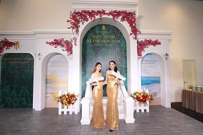 Dịch vụ in ảnh lấy liền & cho thuê photobooth tại sự kiện Lễ mở bán dự án The Residence Phú Quốc | Instant Print Photobooth Vietnam at The Residence Phu Quoc Opening Ceremony