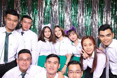 Chụp ảnh lấy liền và in hình lấy liền từ photobooth/photo booth tại sự kiện công ty Vạn An Phát | Instant Print Photobooth/Photo Booth at Van An Phat Party | PRINTAPHY - PHOTO BOOTH VIETNAM