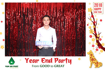 Chụp ảnh lấy liền và in hình lấy liền từ photobooth/photo booth tại tiệc cuối năm của công ty Vạn An Phát | Instant Print Photobooth/Photo Booth at Vạn An Phát's Year End Party 2017 | PRINTAPHY - PHOTO BOOTH VIETNAM