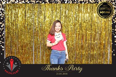Chụp ảnh lấy liền và in hình lấy liền từ photobooth/photo booth tại tiệc tri ân khách hàng của trường VietFuture | Instant Print Photobooth/Photo Booth at VietFuture Thank You Party | PRINTAPHY - PHOTO BOOTH VIETNAM