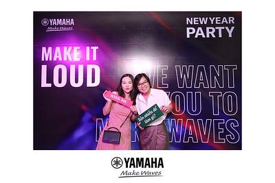 Dịch vụ in ảnh lấy liền & cho thuê photobooth tại sự kiện Tiệc mừng năm mới của công ty Yamaha | Instant Print Photobooth Vietnam at Yamaha New Year Party