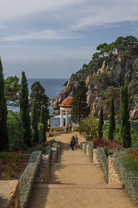 Mueller: Costa Brava garden views (2012)