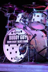 Buddy Guy photo by Rob Rich/SocietyAllure.com © 2014 robwayne1@aol.com 516-676-3939