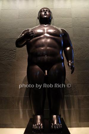 Botero in the Four Seasons, Miami photo by Rob Rich/SocietyAllure.com © 2016 robwayne1@aol.com 516-676-3939