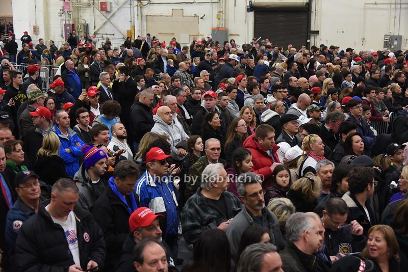 Trump supportersphoto by Rob Rich/SocietyAllure.com © 2016 robwayne1@aol.com 516-676-3939
