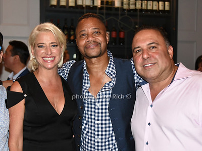 guest, Dorinda Medley, Cuba Gooding Jr., John Mahdessian photo by Rob Rich/SocietyAllure.com ©2018 robrich101@gmail.com 516-676-3939