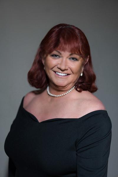 Sally Hammel, Chorus