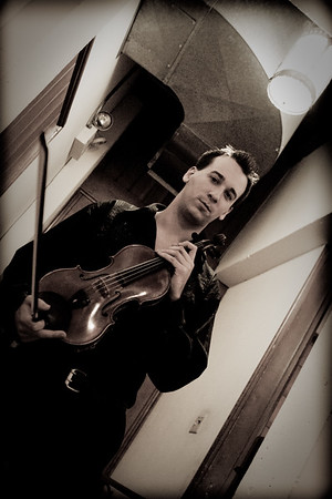 Andrew Sords, Guest Violinist