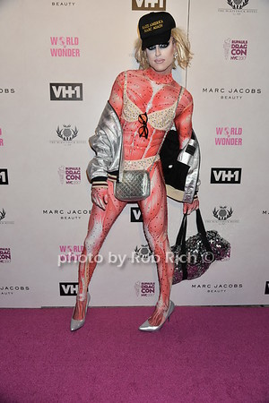 Fashion Does Drag Ball