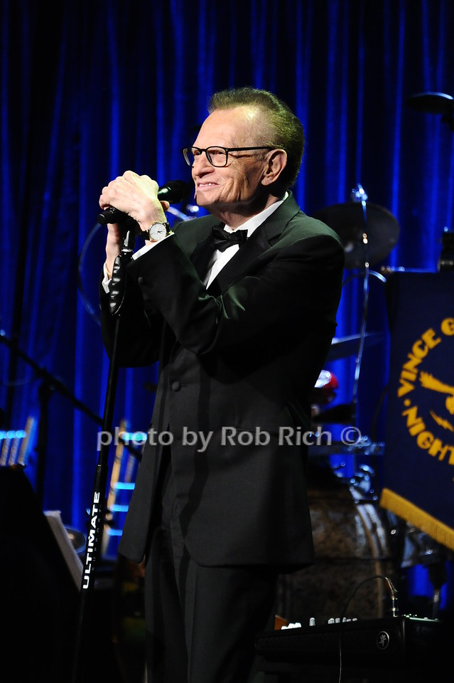 Larry King photo  by Rob Rich/SocietyAllure.com © 2016 robwayne1@aol.com 516-676-3939