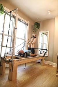 Kneeling Cat Pilates (36 of 320)