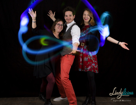 Lightpainting photobooth by Light eX Machina, at the Lindylicious 2017, lindy hop & jazz festival in Paris, organized by Shake That Swing