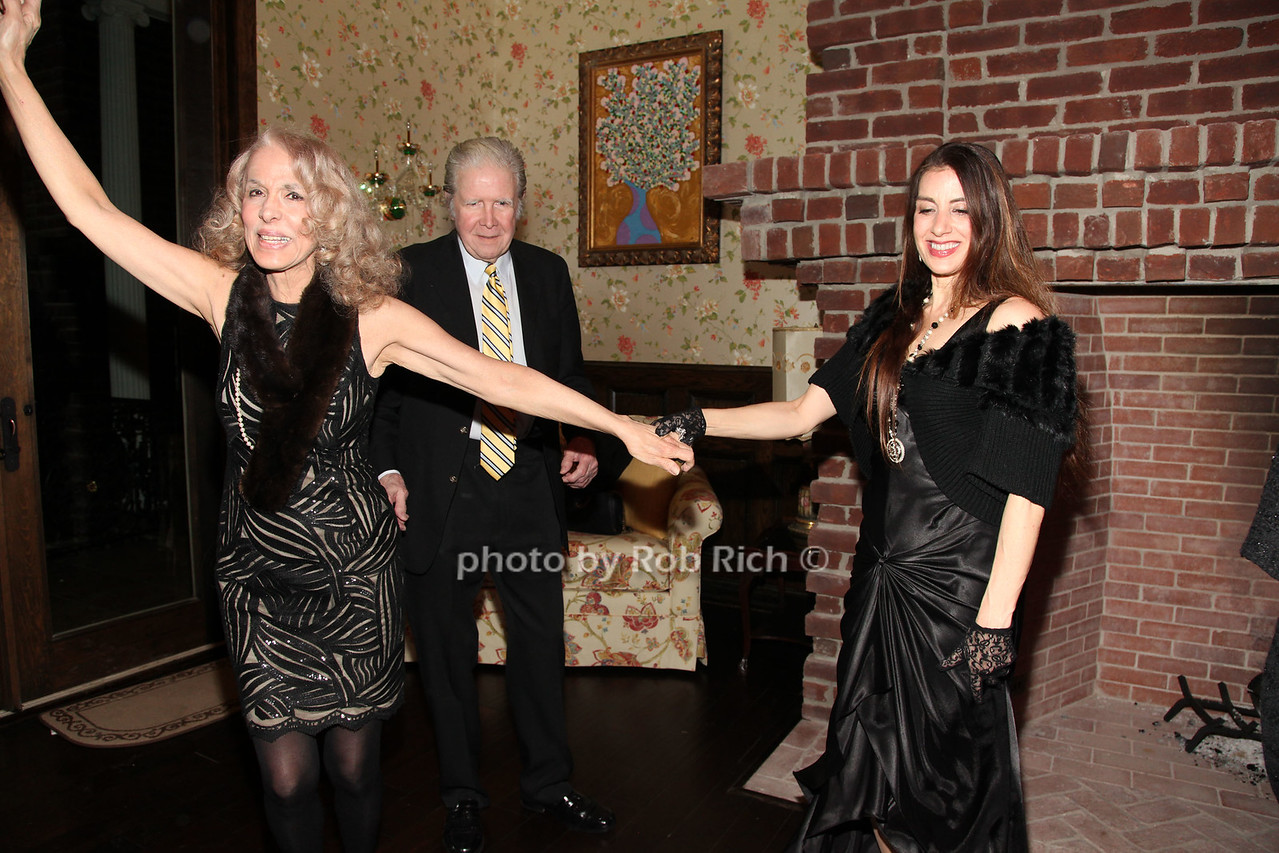 DANCING photo by R.Cole for Rob Rich/SocietyAllure.com © 2016 robwayne1@aol.com 516-676-3939