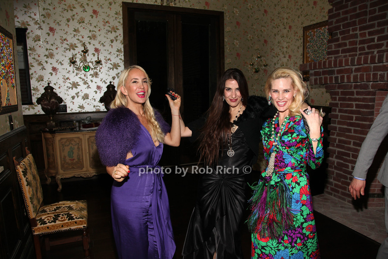 Tracy Stern, Lori Snyder, Michelle Marie Hienemann photo by R.Cole for Rob Rich/SocietyAllure.com © 2016 robwayne1@aol.com 516-676-3939