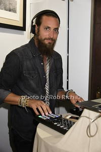 DJ Adam Lipson photo by Rob Rich/SocietyAllure.com © 2015 robwayne1@aol.com 516-676-3939