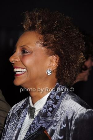 Leslie Uggams  photo  by Rob Rich © 2008 robwayne1@aol.com 516-676-3939