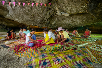Basiao Native Banig Weavers