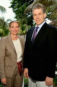 Claudia Hillinger & Dr. Tobias Bonhoeffer.