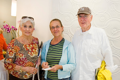 Lenore Zake, Hannah & Irwin Halpern.