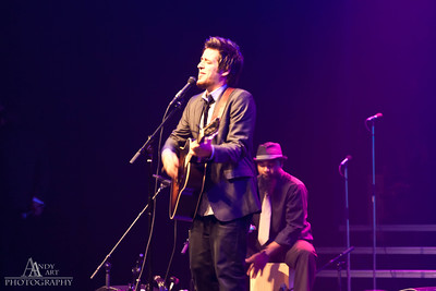 IMG_9220 Lee Dewyze preforming at the Life Changing Lives Event. September 11, 2011 AndyArt Photography