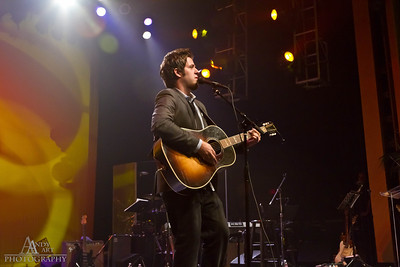 _MG_9685 Lee Dewyze preforming at the Life Changing Lives Event. September 11, 2011 AndyArt Photography