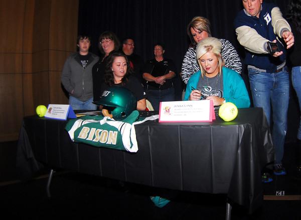 Signing Da
