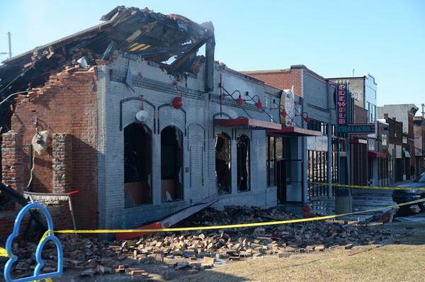 S&B Burgers bruns to the ground