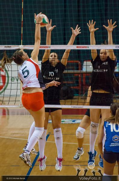 Silvia Lotti attacco