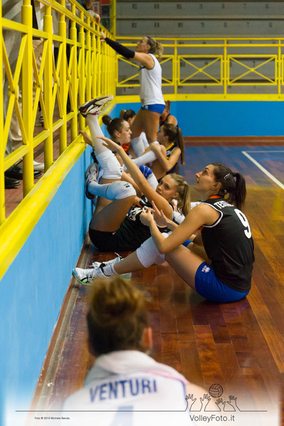 2013.10.05 Presentazione Todi Volley (id:_MBC7460)