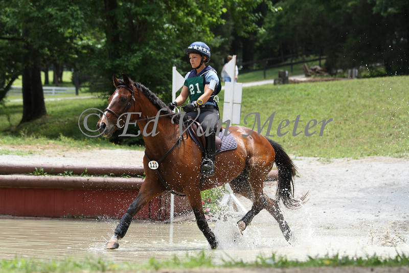 A Boy Named Sue with Chelsea Garrison up at The Spring Run Horse Trials. 06.12.2011