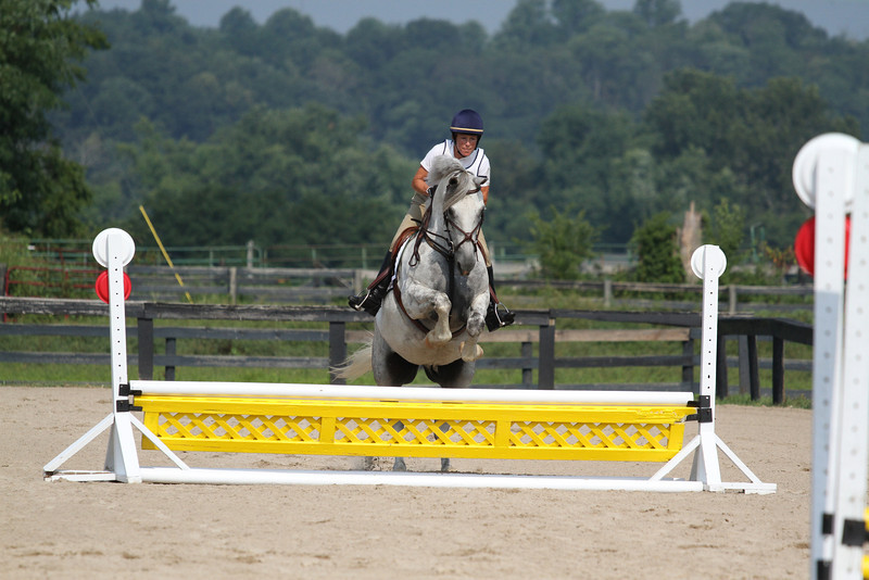 Flying Cassanova with Tracey Scott at Stone Place Stables Mini Trial 07.31.2011.