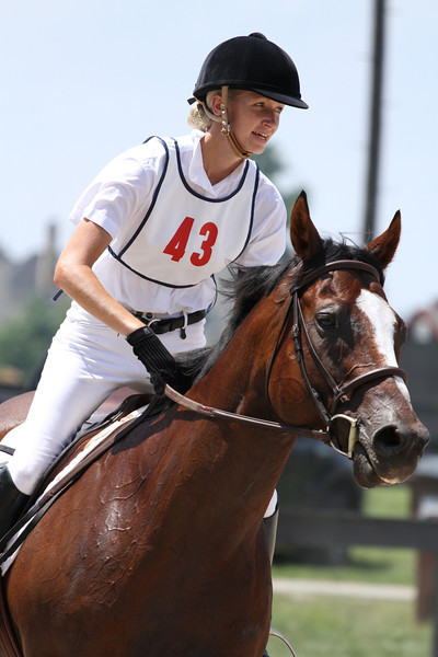 Ide Be and Kari Thomas at Stone Place Stables Mini Trial 07.31.2011.
