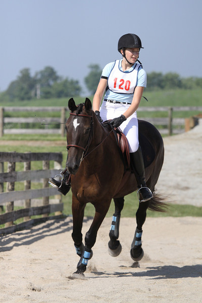 Joy Girl with Abby Blackburn up at The Lands End Farm Mini Horse Trial. 07.10.2011