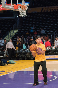 Members of the Male Success Alliance at California State University Dominguez Hills won an essay contest to be a part of the Los Angeles Lakes Staff for a day.  Ball boy, ball kid, MSA, CSUDH, basketball, LA Lakers