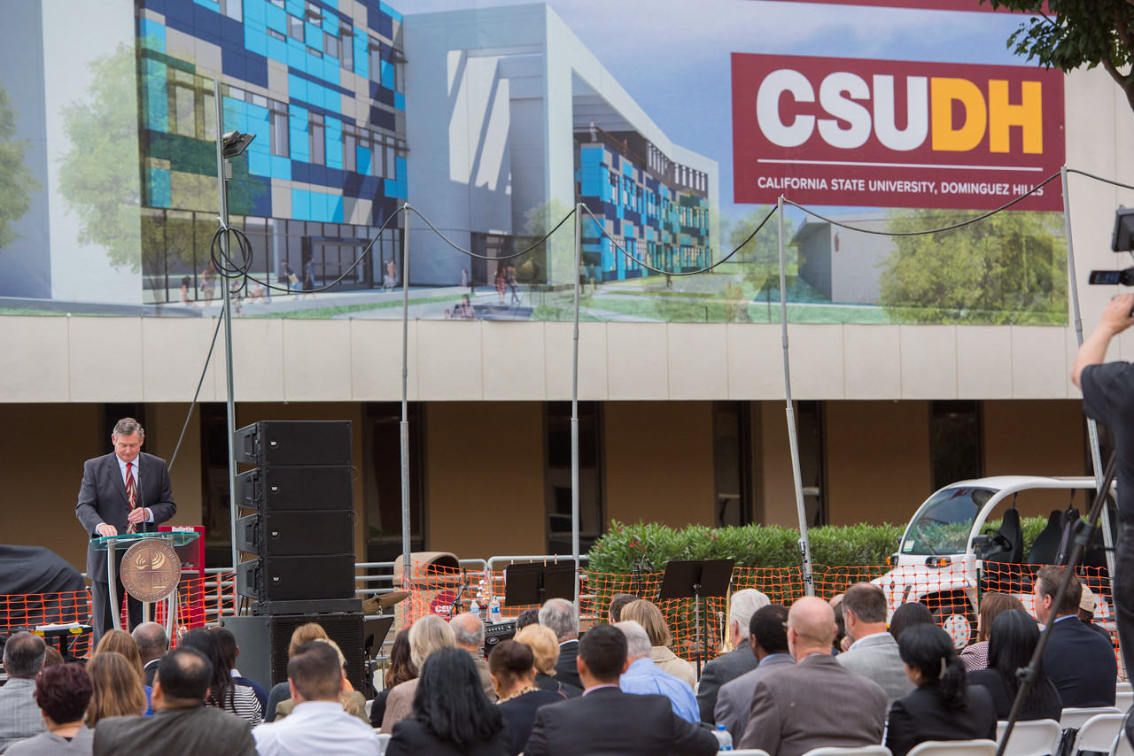 President Willie J Hagan's final retirement party with VIP external relationships and some staff/faculty of CSUDH May 24, 2018
