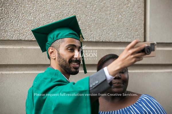 2018 School of Integrative Studies Degree Celebration.  Photo by:  Ron Aira/Creative Services/George Mason University