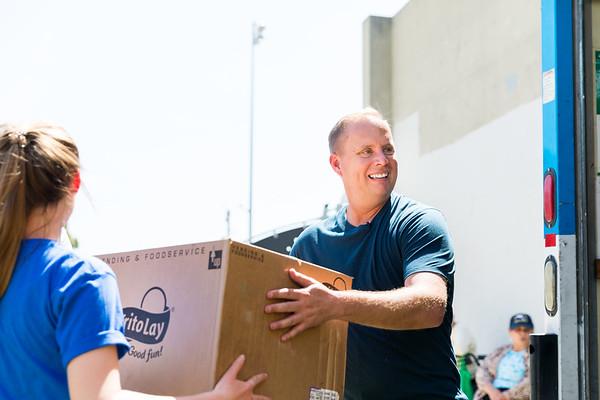 Pastor Matthew Serving on Outreach