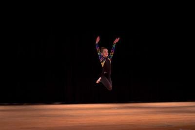 Sophia Ferone dancing to Unsteady