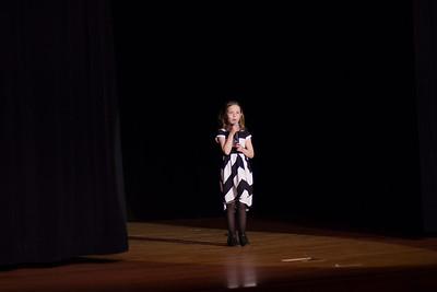 Niamh O'Connor singing