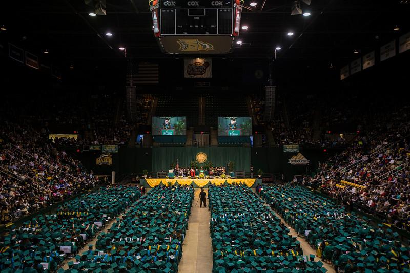 2013 Winter Graduation