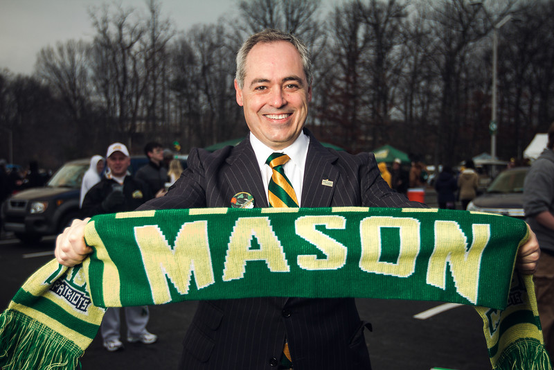 President Cabrera attends the 2013 Mason Homecoming block party. Photo by Will Martinez/Creative Services/George Mason University