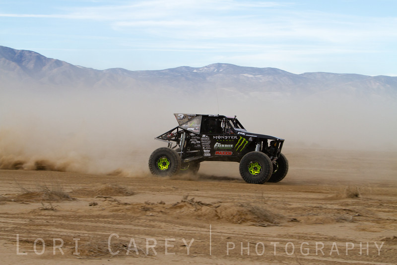 Wayland Campbell on the lakebed, first lap of King of the Hammers off road race, February 7, 2014.