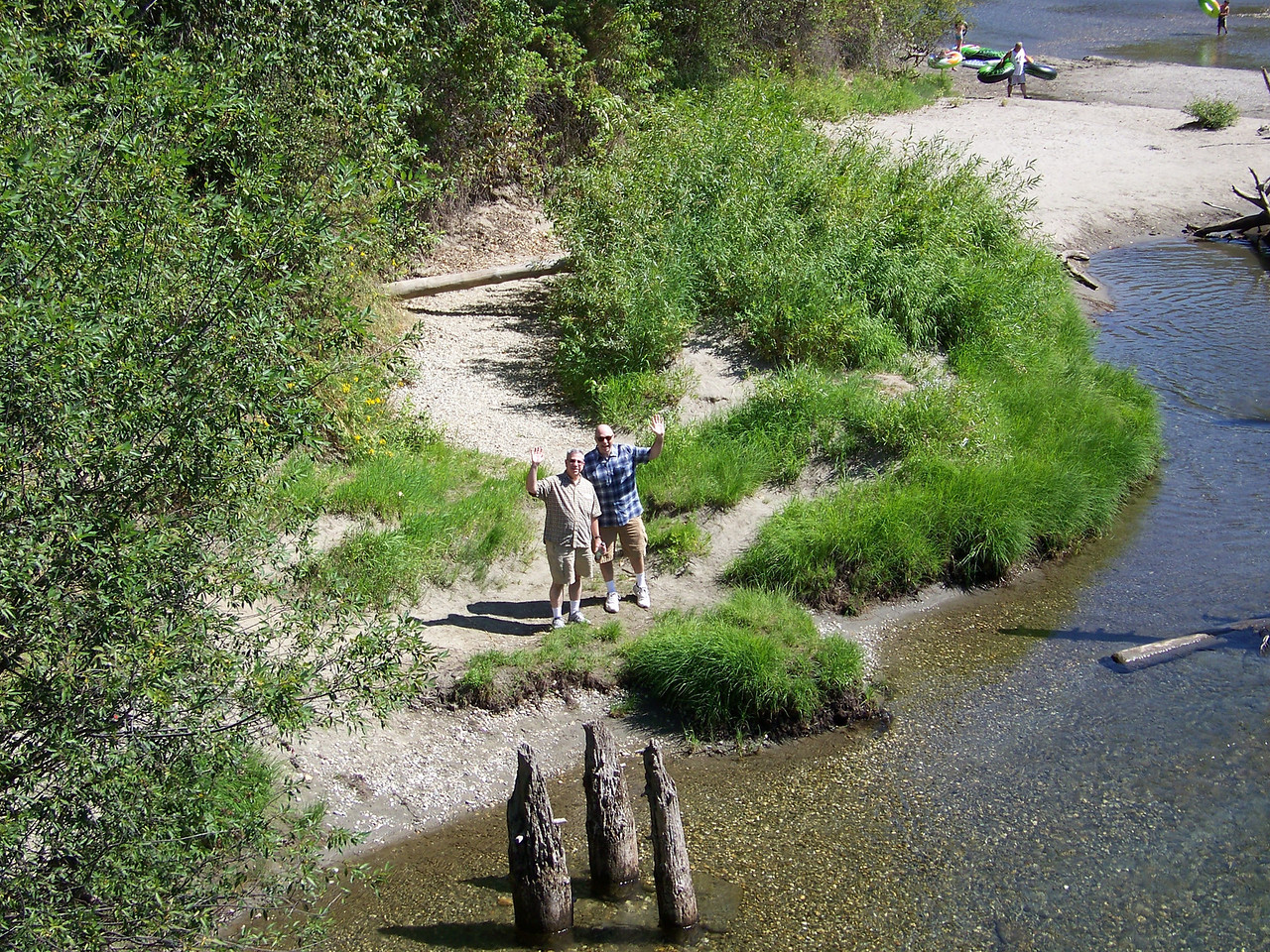 """Pat made it to the river, too!<br /> After this, we hiked back up to Front Street (where we left Pat's car) and said """"Auf wiedersehen!"""" to Leavenworth.<br /> [Leavenworth, WA - Waterfront Park]"""