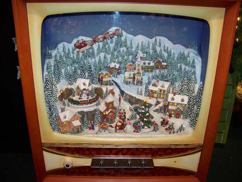 At the Kris Kringl Christmas shop, I fell in love with this Christmas diorama that was built inside a very large, old TV set.  How cool is that?!?<br /> [Leavenworth, WA]