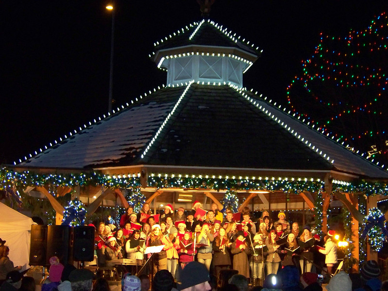 """Musical acts like this choir continued to perform on the gazebo after the Christmas Lighting Ceremony was over. [Leavenworth, WA - December 2013 - <b><a target=""""_new"""" href=""""http://youtu.be/NqCqDCOY_tc"""">Watch my video here</a></b>]"""