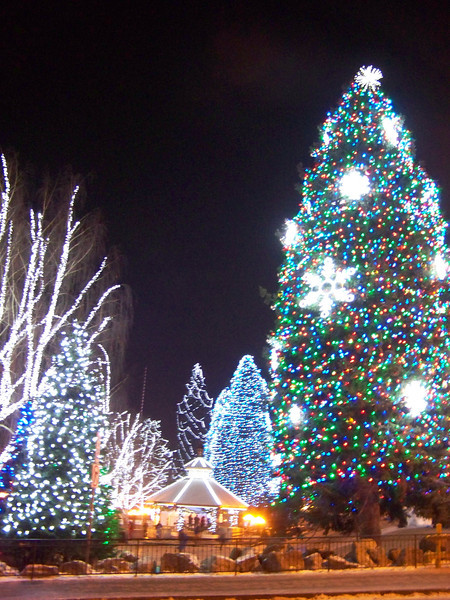 """Christmas lights on the gazebo and trees in the park. [Leavenworth, WA - December 2013 - <b><a target=""""_new"""" href=""""http://youtu.be/NqCqDCOY_tc"""">Watch my video here</a></b>]"""