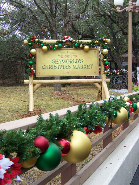 There was a small Christmas market set up in one section of the park.<br /> [SeaWorld San Antonio]