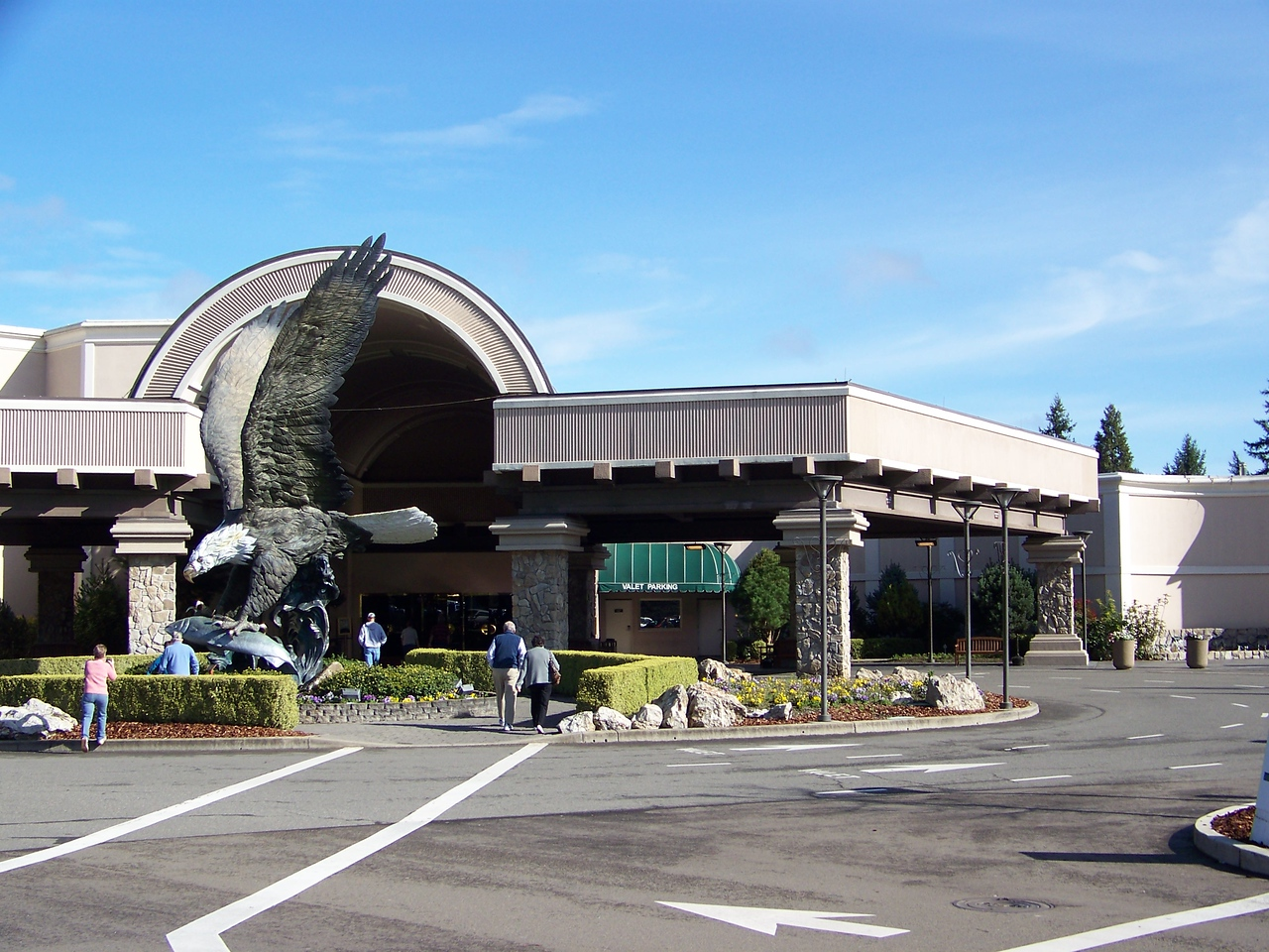 This is the casino's entrance.  It's owned and run by the Cow Creek Band of Umpqua Indians.<br /> [Seven Feathers Resort in Canyonville, OR]