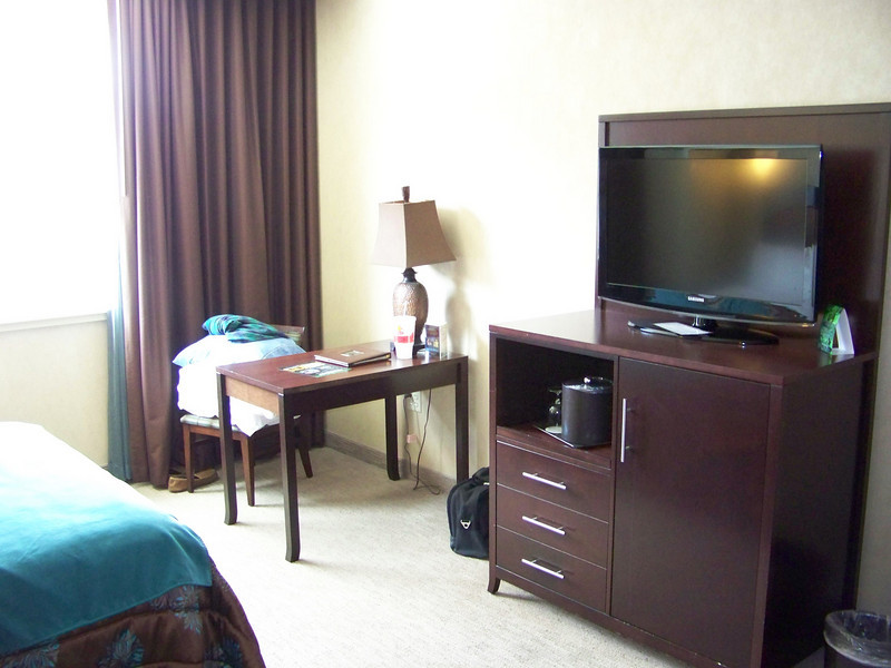 Our hotel room had a nice flat-screen TV.<br /> [Seven Feathers Resort in Canyonville, OR]